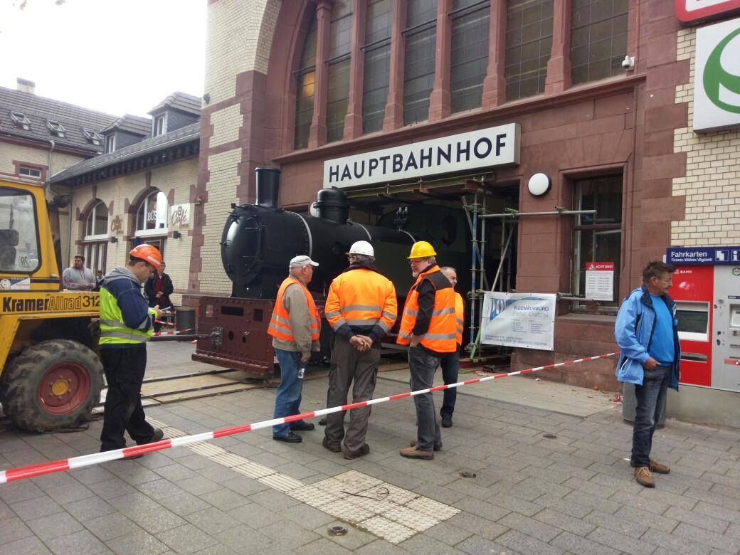 "Lok 1 "" Friedrich"", ehem. Lok der Hasper Hütte auf dem Wittener Hauptbahnhof IMG_20171013_133513"