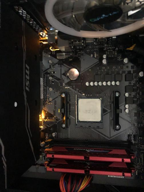 Question - MOBO Orange Light + Not Starting | Tom's Hardware Forum