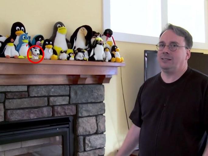 https://media.discordapp.net/attachments/410110321584373782/722350944020463657/torvalds-penguins-puppy.jpg?width=684&height=513