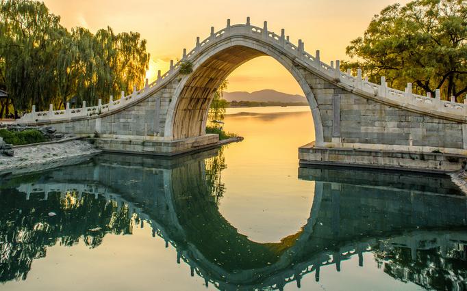 Romantický most Nefritovy-most-v-Pekingu
