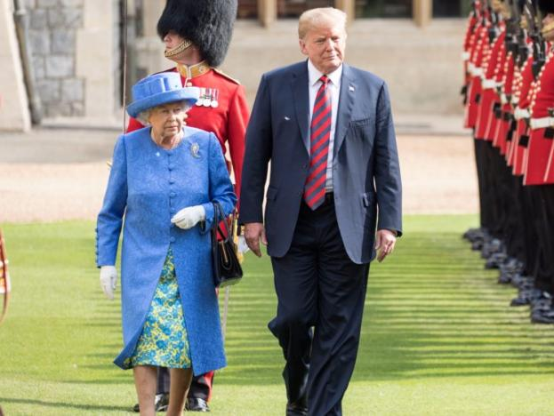 DT_and_the_Queen.jpg?width=623&height=468