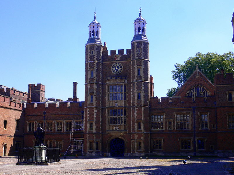 800px-Eton_College_28229_-_August_52C_2007.png?width=780&height=585