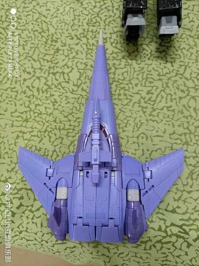 Jouets Transformers Generations: Nouveautés Hasbro - Page 24 Earthrise-Cyclonus-Thrust-Soundwave--TOP-GUN-Maverick04