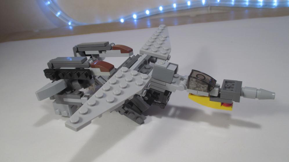 Customs de LeaderOptimus : le côté Lego - Page 4 IMG_4318
