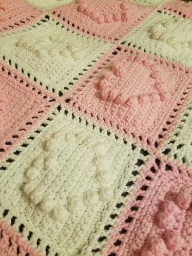Reenie 01's Knitting Projects Heartblanket3