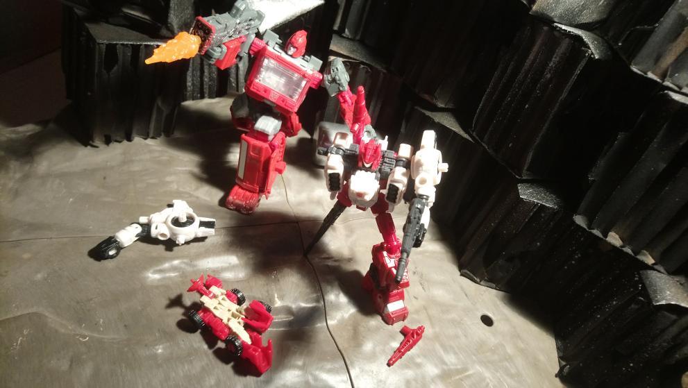 Vos montages photos Transformers ― Vos Batailles/Guerres | Humoristiques | Vos modes Stealth Force | etc - Page 17 20210114_171619